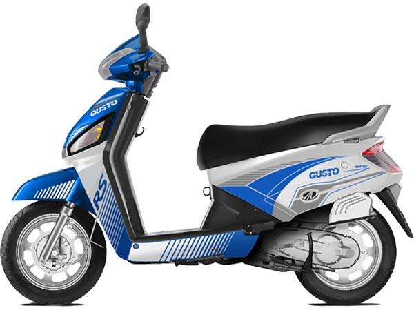 mahindra-gusto-rs-blue