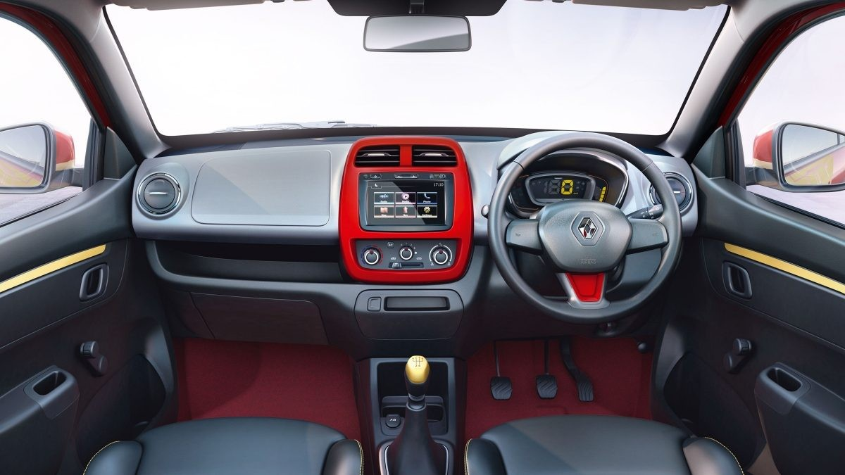 renault-kwid-super-hero-edition-iron-man-theme
