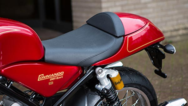 norton-commando-961-cafe-racer-seats