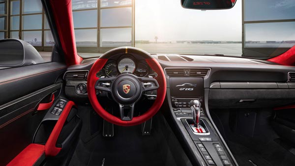 porsche-911-gt2-rs-interior-design1