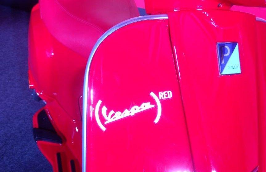 Vespa-RED-125