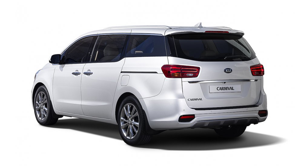 Kia-Carnival-Rear-View
